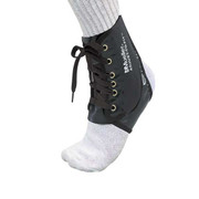 Mueller-Adjust-to-Fit-Ankle-Brace-001.jpg